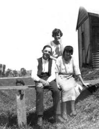 Cameron-Lorna-Heather and Frank Kennedy