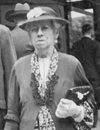 MANION (HAMILTON) Janet Amelia in Perth, 1933.