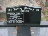 Herkes - Geoffrey Charles and memorial to Charles and Mary